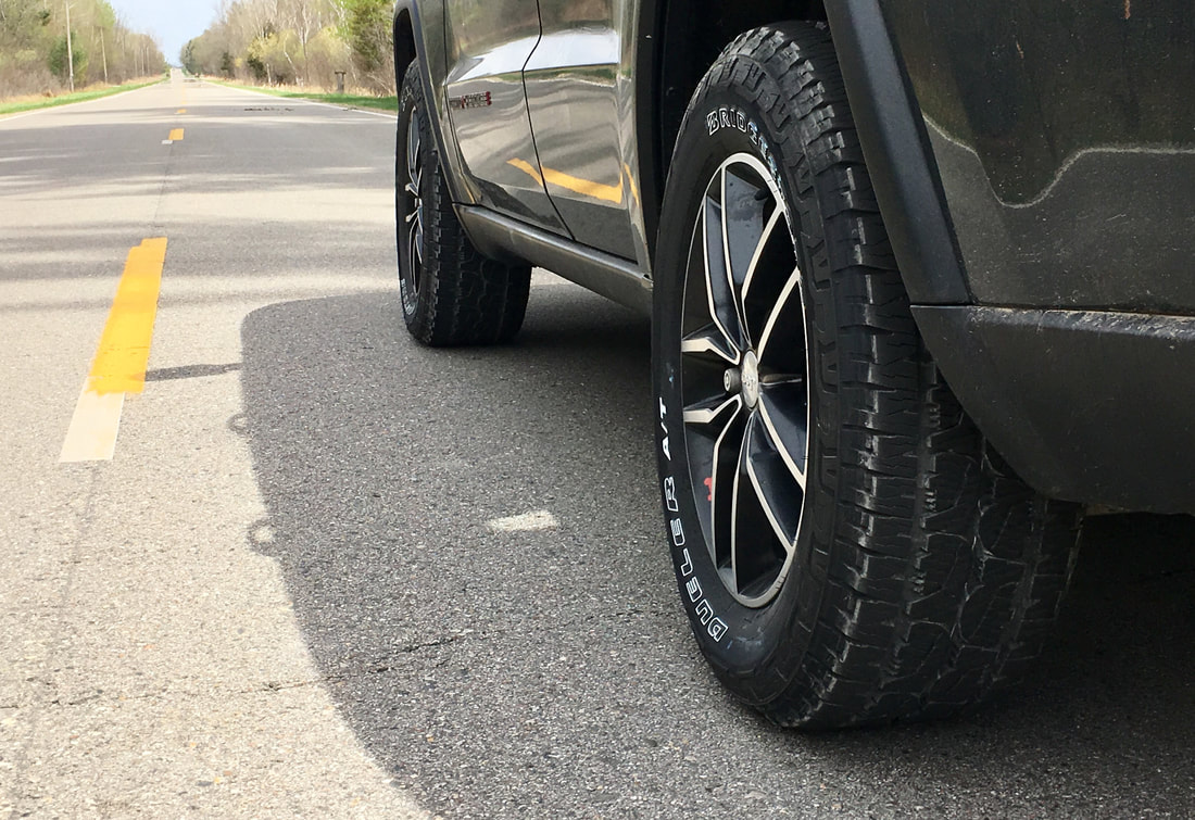 Bridgestone Dueler A/T REVO 3 on-road