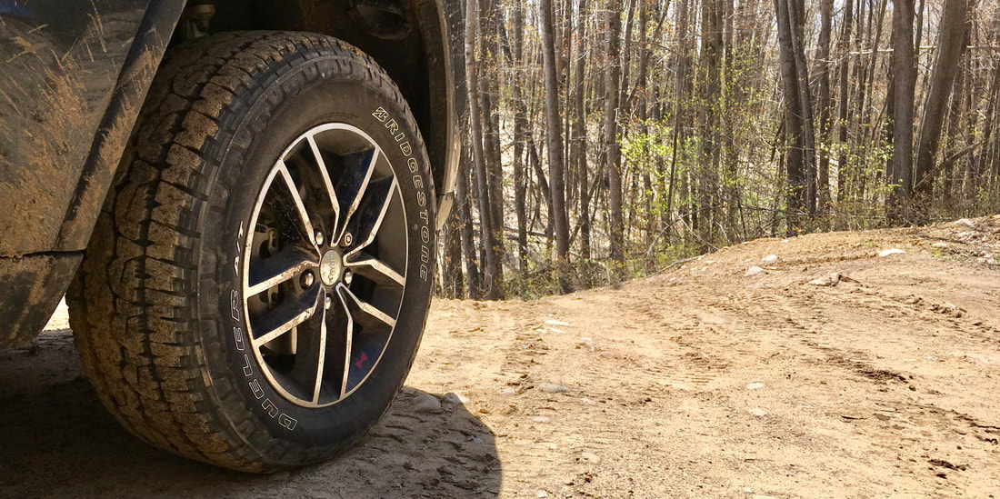 Bridgestone Dueler A/T REVO 3 off-road hill descent