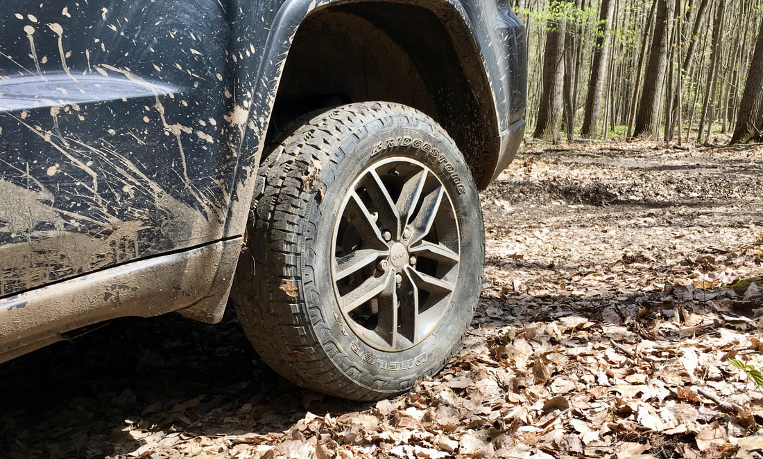 Bridgestone Dueler A/T REVO 3 off-road in mixed terrain